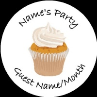 Personalised custom badge Kids Party cupcake